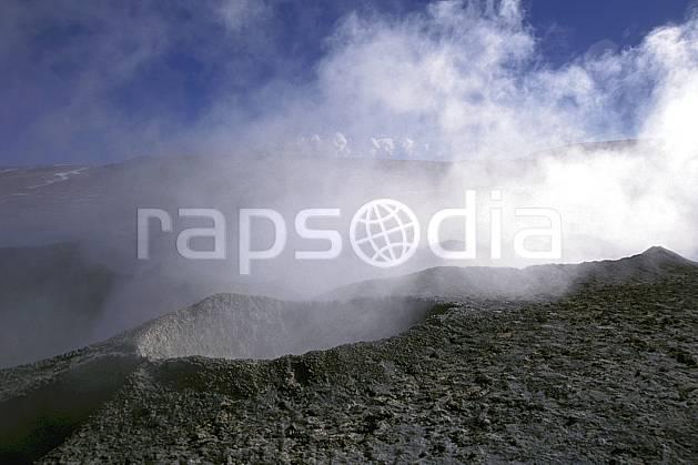 ea1224-07LE : Sud Lipez.  Amérique du sud, Amérique Latine, Amérique, ciel nuageux, geyser, C02, C01 paysage, voyage aventure (Bolivie).