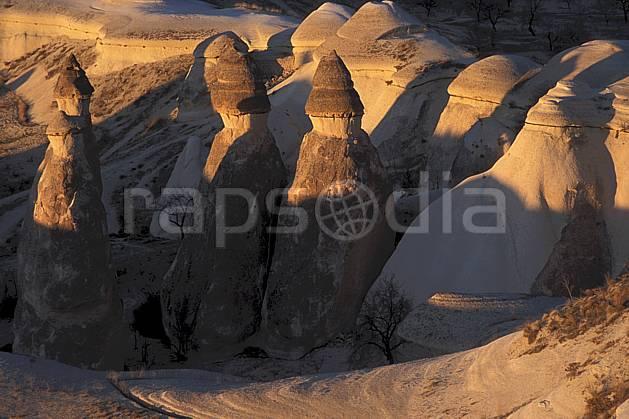 ea2658-20LE : Anatolie Centrale, Cappadoce.  Europe, pic, érosion, C02, C01 paysage, voyage aventure (Turquie).