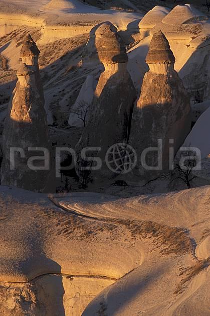 ea2658-21LE : Anatolie Centrale, Cappadoce.  Europe, pic, érosion, C02, C01 paysage, voyage aventure (Turquie).