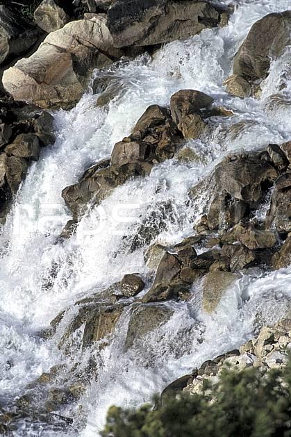 ea2733-35LE : Quebrada Santa Cruz.  Amérique du sud, Amérique Latine, C02, C01 paysage, rivière, voyage aventure (Pérou).