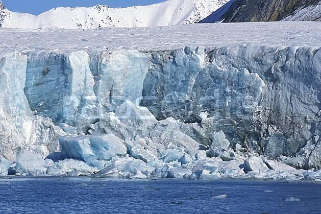 ea2760-11LE : Svalbard, Kongsfjorden, Glacier de Blomstrand.  Europe, CEE, glacier, C02, C01 paysage, voyage aventure, mer (Norvège).