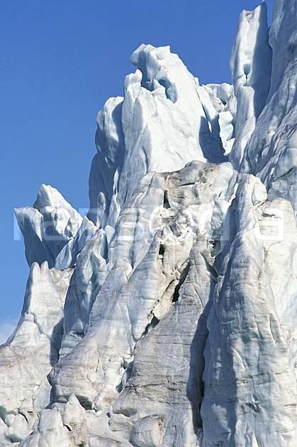 ea2760-17LE : Svalbard, Kongsfjorden, Glacier de Blomstrand.  Europe, CEE, ciel bleu, glacier, C02, C01 paysage, voyage aventure (Norvège).