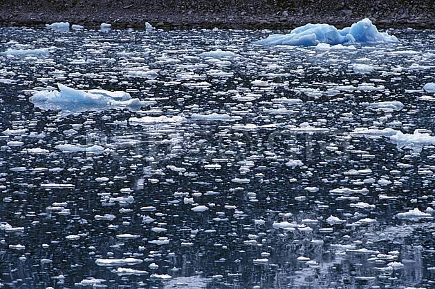ea2765-34LE : Svalbard, Ile du Spitzberg, Magdalenefjorden.  Europe, CEE, iceberg, C02, C01 paysage, voyage aventure, mer (Norvège).