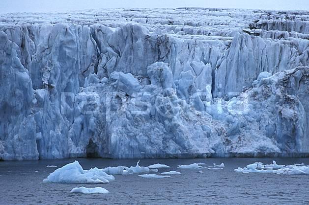 ea2783-36LE : Svalbard, Ile du Spitzberg, Fjord de Hornsund (S).  Europe, CEE, banquise, glacier, iceberg, C02, C01 paysage, voyage aventure, mer (Norvège).