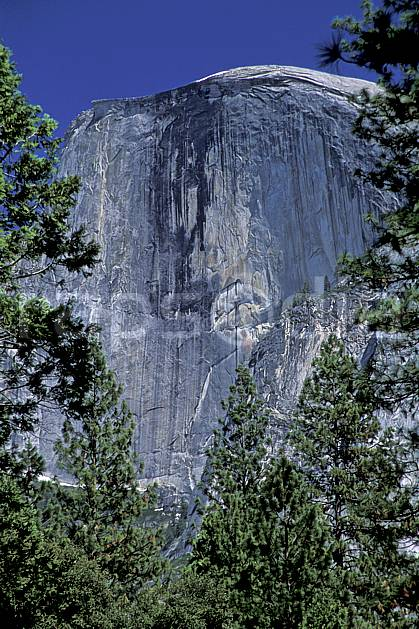 ea2864-28LE : Big wall, Yosemite, Californie.  Amérique du nord, ciel bleu, falaise, parc américain, C02, C01 paysage, voyage aventure (Usa).