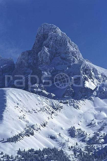 ea2937-18LE : Grand Targhee, Grand Teton, Wyoming.  Amérique du nord, ciel bleu, C02, C01 moyenne montagne, paysage, voyage aventure (Usa).