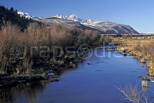 ea2945-28LE : Jackson, Grand Teton, Wyoming.  Amérique du nord, ciel bleu, C02, C01 moyenne montagne, paysage, rivière, voyage aventure (Usa).