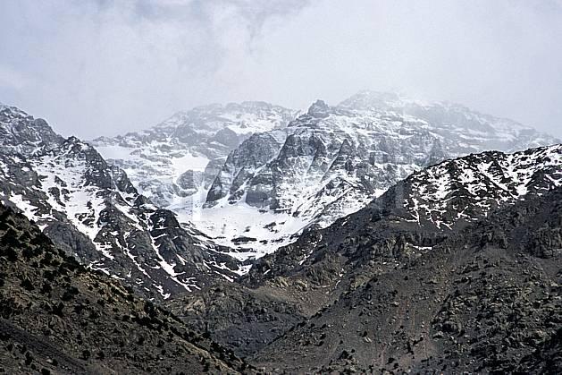 ea3144-01LE : Trek Maroc.  Afrique, Afrique du nord, mauvais temps, C02, C01 moyenne montagne, paysage, voyage aventure (Maroc).