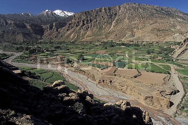 ea3161-29LE : Trek Maroc.  Afrique, Afrique du nord, vallée, C02, C01 environnement, moyenne montagne, paysage, rivière, voyage aventure (Maroc).