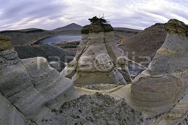 eb2645-02LE : Anatolie Centrale, Cappadoce. randonnée pédestre Europe, sport, rando, loisir, action, sport de montagne, sentier, ciel nuageux, C02, C01 groupe, moyenne montagne, paysage, personnage, voyage aventure (Turquie).