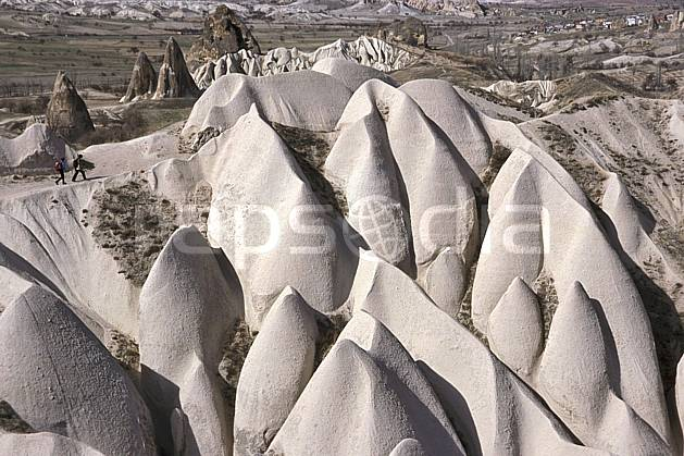 eb2656-27LE : Anatolie Centrale, Cappadoce. randonnée pédestre,  trek Europe, sport, rando, loisir, action, sport de montagne, sentier, C02, C01 groupe, moyenne montagne, paysage, personnage, voyage aventure (Turquie).