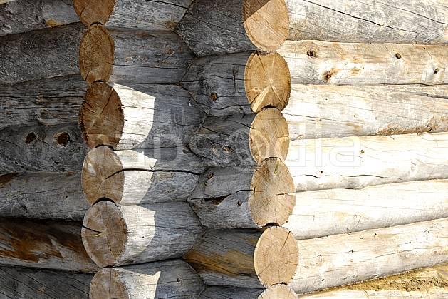 ee061256LE : Chalet en rondins à Kakslauttanen, Laponie.  Europe, CEE, cabane, cabane, C02, C01 environnement, gros plan, habitation, voyage aventure (Finlande).