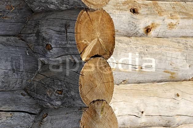 ee061257LE : Chalet en rondins à Kakslauttanen, Laponie.  Europe, CEE, cabane, cabane, C02, C01 environnement, gros plan, habitation, voyage aventure (Finlande).