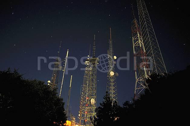 ee0643-07LE : Antenne de radiocommunication.  Amérique du nord, nuit, lumière, étoile, C02, C01 environnement, paysage, transport (Usa).