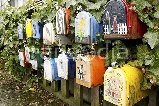 Agence Photos Boites Aux Lettres Décorées Painted Post Boxes