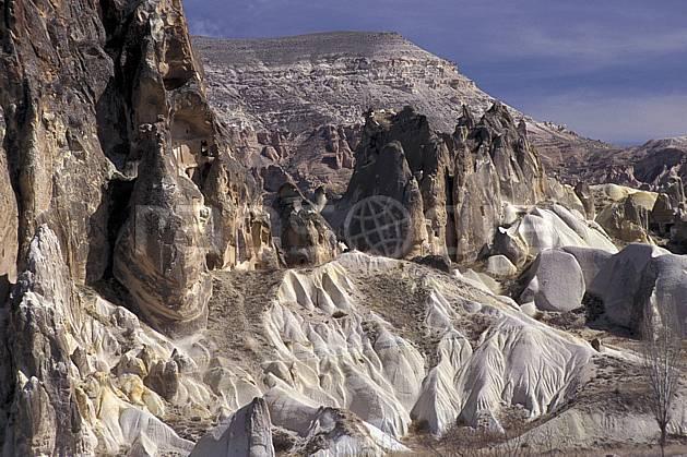 ee2655-17LE : Anatolie Centrale, Cappadoce.  Europe, ciel voilé, folklore, habitation, tradition, C02, C01 environnement, patrimoine, paysage, voyage aventure (Turquie).
