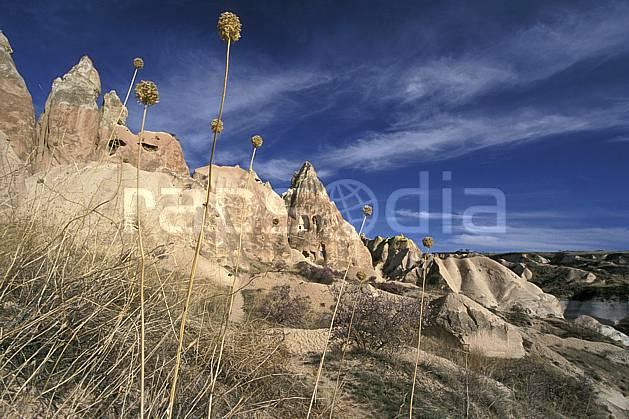 ee2657-07LE : Anatolie Centrale, Cappadoce.  Europe, ciel bleu, folklore, habitation, tradition, C02, C01 environnement, patrimoine, paysage, voyage aventure (Turquie).