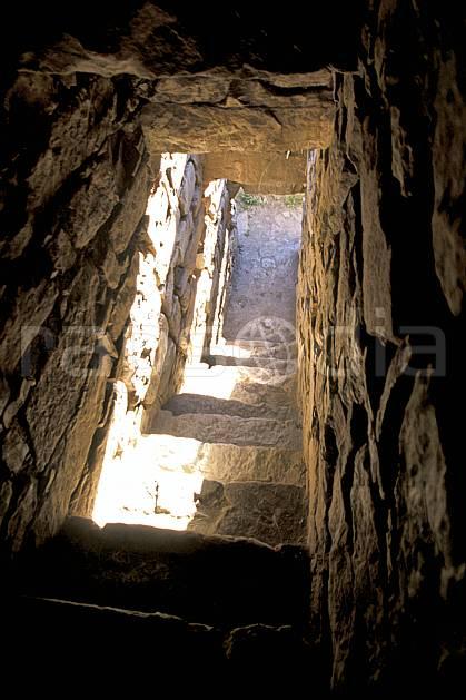 ee2712-30LE : Chavin, Ruines inca.  Amérique du sud, Amérique Latine, ruine, C02, C01 environnement, voyage aventure (Pérou).