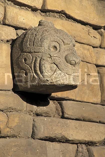 ee2712-35LE : Chavin, Ruines inca.  Amérique du sud, Amérique Latine, folklore, portrait, sculpture, tradition, C02, C01 environnement, patrimoine, voyage aventure (Pérou).