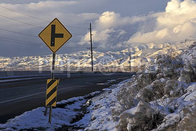 ee2912-31LE : Salt Lake City, Utah.  Amérique du nord, ciel nuageux, panneau, route, C02, C01 environnement, paysage, voyage aventure (Usa).