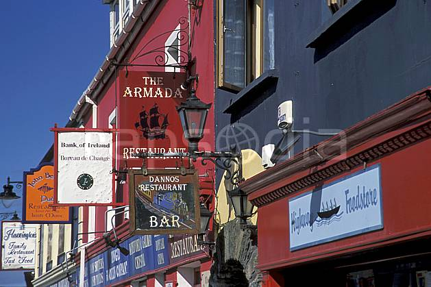 ee3173-33LE : Paysage d'Irlande.  Europe, CEE, ville, magasin, rue, C02, C01 environnement, habitation, patrimoine, voyage aventure (Irlande).