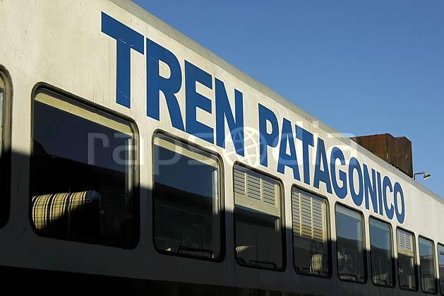 ef054559LE : Gare ferroviaire, Bariloche, Patagonie.  Amérique du sud, Amérique Latine, Amérique, train, C02, C01 environnement, transport, voyage aventure (Argentine).
