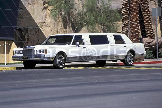 ef0647-12LE : Limousine, Las Vegas, Nevada.  Amérique du nord, route, voiture, C02, C01 transport, voyage aventure (Usa).