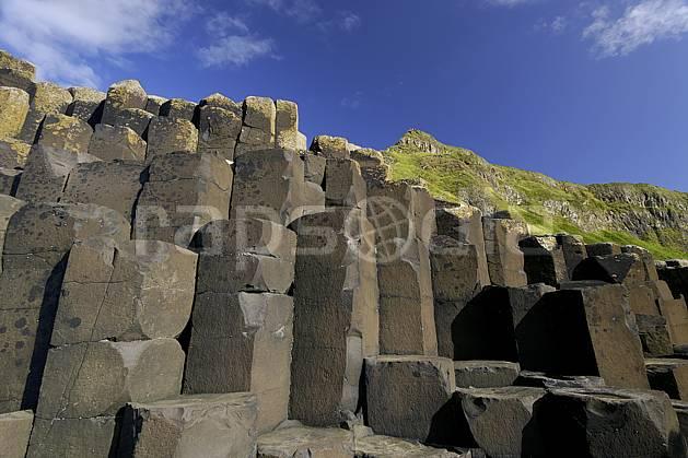 fa071906LE : Orgues basaltiques, Giant's Causeway (Chaussée des Géants), Ulster (Irlande du Nord).  Europe, CEE, littoral, orgue, de, basalte, pierre, C02 mer, paysage (Irlande Royaume-Uni).