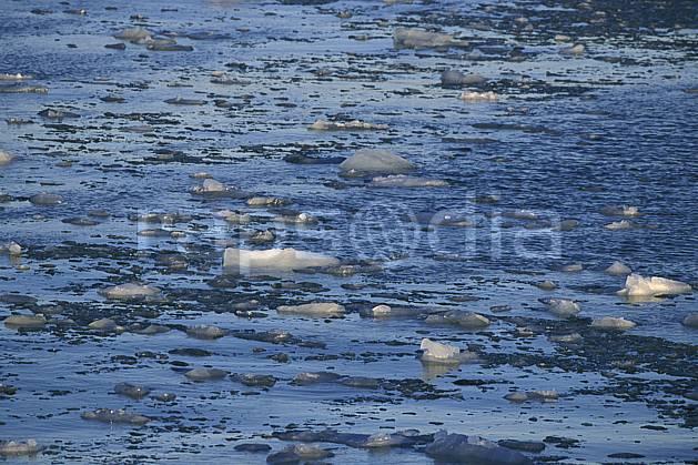 fa2776-06LE : Svalbard, Ile de Nordaustlandet côte sud, Glaces dans l'océan arctique.  Europe, CEE, C02, C01 textures et fonds (Norvège).