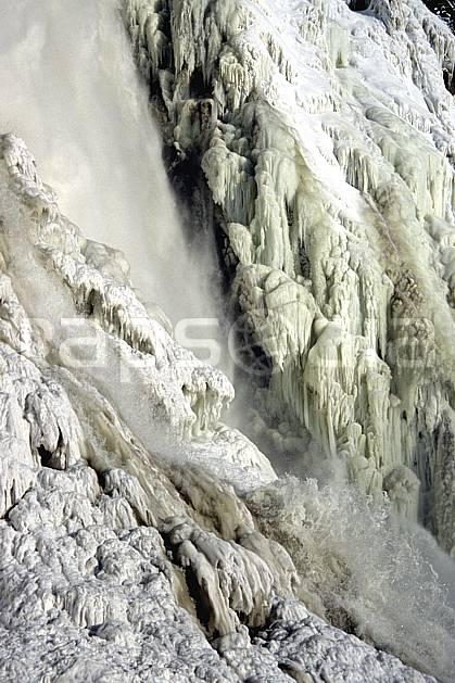 fa3112-20LE : Chute de Montmorency en hiver.  Amérique du nord, Amérique, cascade de glace, C02, C01 textures et fonds, voyage aventure (Canada Québec).