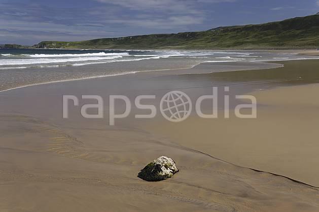 ha071886LE : Plage de White Park Bay, Portbraddan, Ulster (Irlande du Nord).  Europe, CEE, plage, littoral, C02 mer, paysage (Irlande Royaume-Uni).