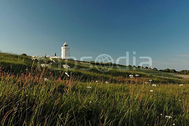 he040045LE : Sémaphore. Douvres.  Europe, CEE, phare, champ, littoral, fleur, C02, C01 environnement, mer, patrimoine, paysage (Royaume-Uni).