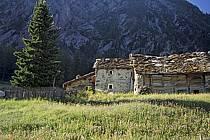 Ferme d'alpage, Grand Paradis, Alpes, ref ae0608-35LE