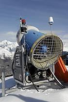 Canon à neige, Les Arcs, Haute-Savoie, Alpes, ref ae061017LE