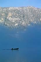 Barque, Lac d'Annecy, Haute-Savoie, ref af0895-16GE