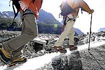 Marche sur glacier, Mer de Glace, Chamonix, Haute-Savoie, ref bb062811GE