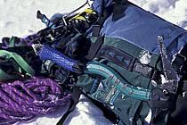 Matériel d'alpanisme Crampons, piolet, corde, sac à dos, Haute-Savoie, Alpes, ref bb0847-33LE