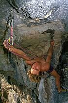 Climbing, La Balme de Sillingy, Haute-Savoie, Alpes, ref ca0268-25GE