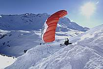 Speed flying (speed riding), Les Arcs, Savoie, Alpes, ref cc060004GE