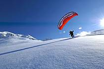 Speed flying (speed riding), Les Arcs, Savoie, Alpes, ref cc060089GE