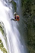 Canyoning, Cascade du Hérisson, Jura, ref cd2047-17GE