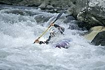 Whitewater kayaking, L'Isère, Aime, Savoie, Alpes, ref cf2981-06GE