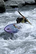 Whitewater kayaking, L'Isère, Aime, Savoie, Alpes, ref cf2982-21GE
