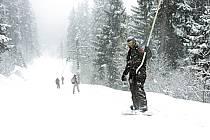 Skiing, Les Arcs, Savoie, Alpes, ref da070116GE