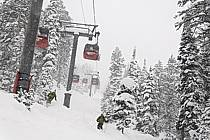 Ski à Jackson Hole ski resort, Wyoming - Skiing at Jackson Hole ski resort, Wyoming, ref da080542GE