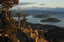 Lago Nahuel Huapi, San Carlos de Bariloche, Patagonie, ref ea054677GE