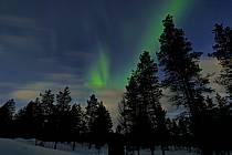 Aurore boréale à Kakslauttanen, Laponie, ref ea062034GE