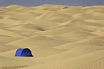 Bivouac, tent, south of Douz, ref eb063690GE