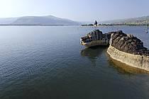 Rochers de Viande, sur le lac de Samaya - Rochers de Viande, on the lake of Samaya, ref eb072742LE