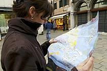Dans les rues de Venise - In the streets of Venice, ref eb082344GE